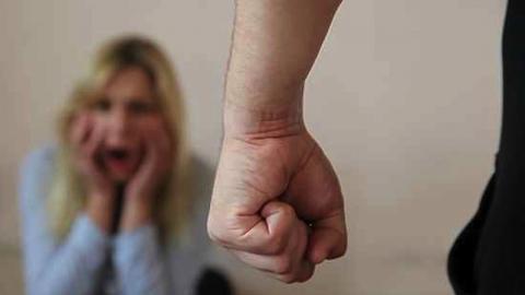 Безработного саратовца задержали за угрозы убийством сестре
