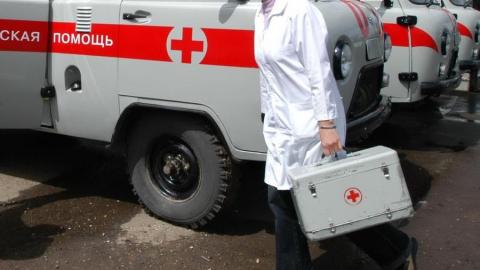 В Саратове при столкновении двух отечественных легковушек пострадала женщина