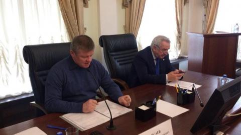 Михаил Исаев традиционно раскритиковал главу финансового комитета за плохой доклад
