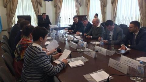 Депутатам хотят отвести специальные места для встреч с жителями