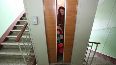 Организации начнут штрафовать за эксплуатацию опасных лифтов
