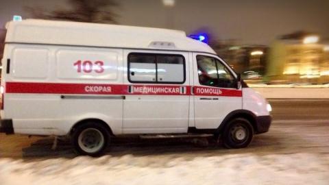 """Под Саратовом столкнулись две """"Лады"""". Пострадали автоледи и пассажирка"""