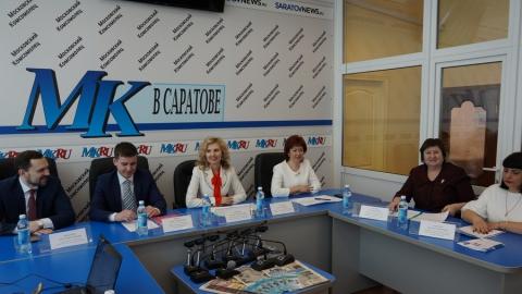 В Саратовской области 17 тысяч женщин вышли на досрочную пенсию из-за ухода за детьми