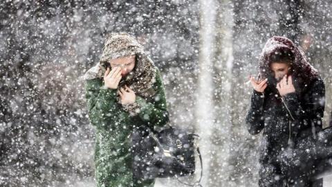 Из-за погодных условий саратовцам рекомендовано воздержаться от поездок на автомобиле