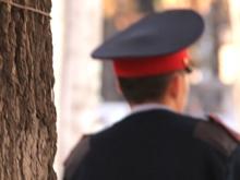 Мать избитого на Театральной площади школьника вызвали в полицию