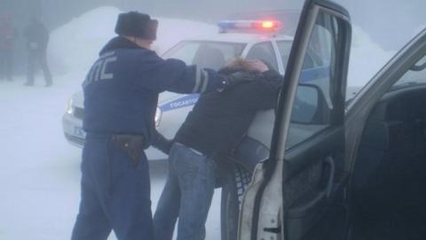 В Саратове с автомойки угнали  и разбили Hyundai Santa