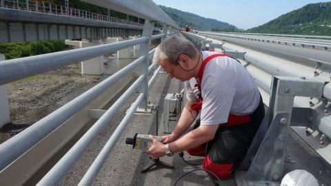 В Саратове на наличие дефектов обследуют три моста