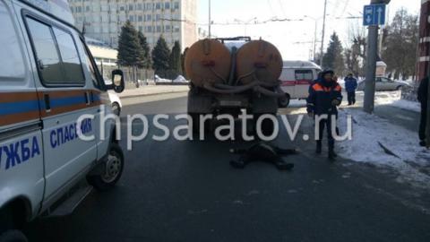 Напротив областного правительства сбита насмерть женщина