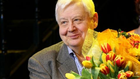 Глава регионального парламента Иван Кузьмин выразил соболезнования семье Олега Табакова