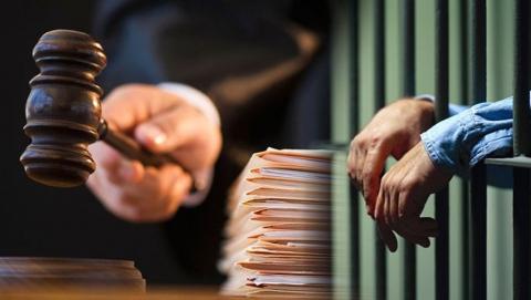 Бывший сотрудник Росприроднадзора предстанет перед судом за серию взяток и мошенничеств
