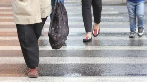 """На переходе 25-летняя водитель """"Пежо"""" сбила женщину и скрылась с места ДТП"""