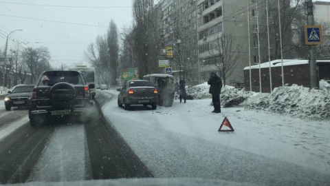 ДТП на Чернышевского блокировало движение троллейбусов