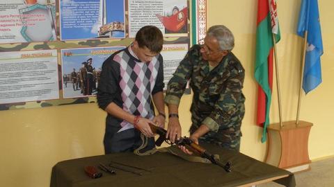 У бывшего учителя найдено ружье и патроны. Возбуждено дело