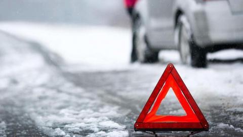 В Саратове пассажирка автобуса пострадала при столкновении с легковушкой