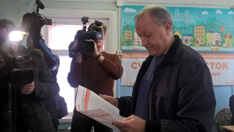 Валерий Радаев проголосовал на выборах президента России