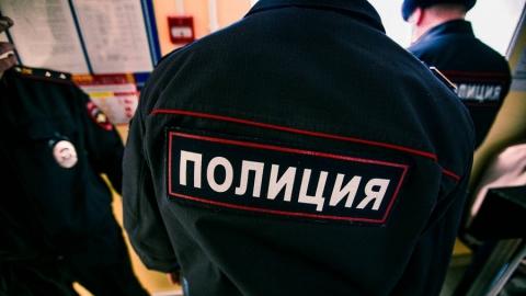 В Аткарске полицейские у реки задержали мужчину с украденным аккумулятором