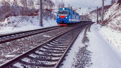 На Сокурском тракте мужчина погиб под колесами товарняка