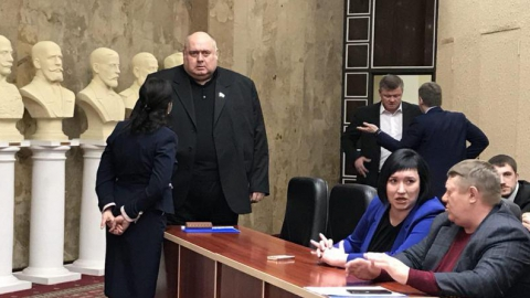 Сенатор обвинил главу Саратов в предложении подрядчику уже занятого земельного участка