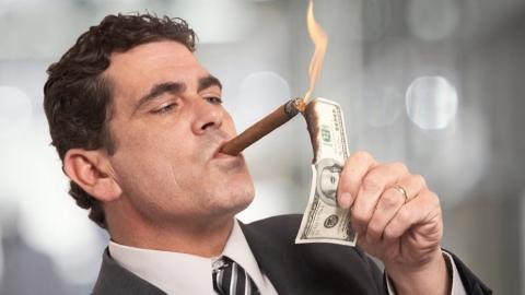 В Саратовской области налоговые декларации подали 12 миллионеров