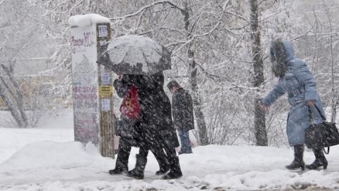 Саратовцев ждет снег с дождем, метель, туман
