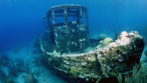 Со дна Волги достанут четыре затонувших корабля