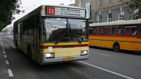 Переехавший в Саратов гражданин удивлен работой городских автобусов