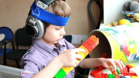 За три года в Саратовской области число детей-аутистов выросло на сто человек
