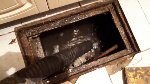 Квартиры жильцов на Симбирской затопило водой