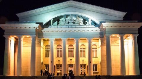 Театры оперы и оперетты меняются спектаклями