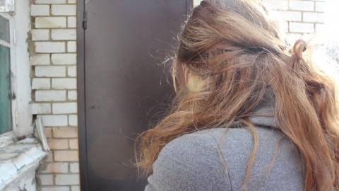 В Саратове подростка не пускали домой родные отец и бабушка