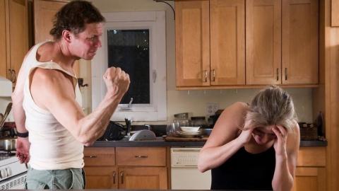 Две женщины госпитализированы в результате домашнего насилия