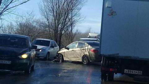Тройная авария спровоцировала пробку на дороге из Солнечного в Юбилейный