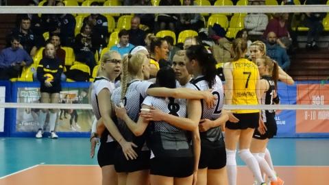 Саратовские волейболистки победно начали домашний поход за европутевкой