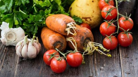 В Саратовской области подорожали свежие фрукты и овощи