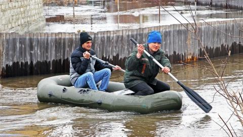В Энгельсе из-за паводка закрылся миграционный центр