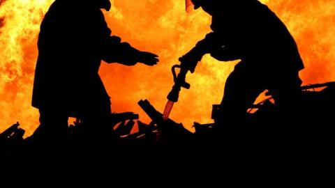 При пожаре в Энгельсе пострадали четверо