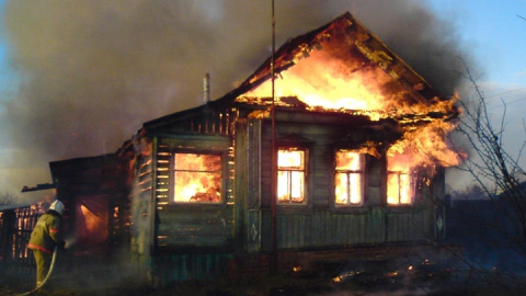 Минувшей ночью огнеборцы тушили два крупных пожара