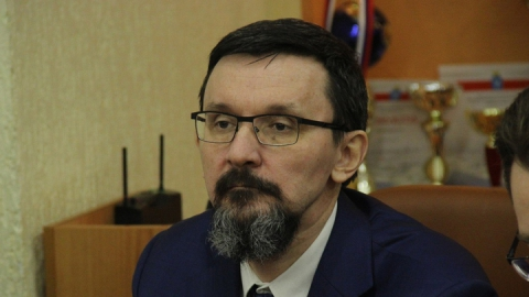 Чернышевский поспорил с Курихиным о депутатских зарплатах