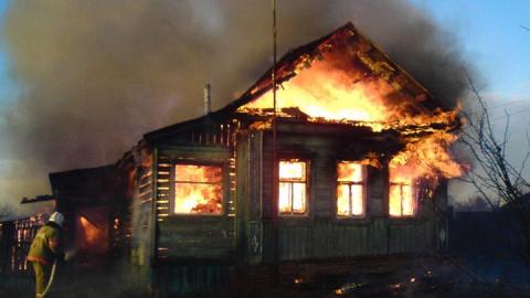 Ночной пожар унес жизни троих людей