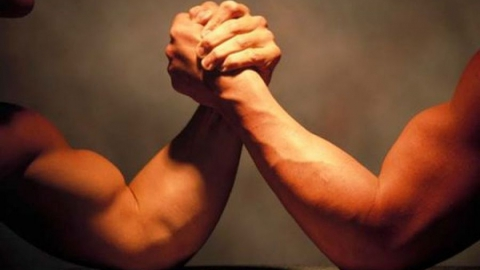 Спор о физической силе двух друзей закончился убийством