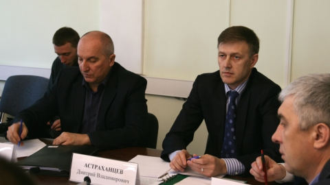 """Директор ООО """"КВС"""" рассказал о работе по закрытию колодцев на заседании рабочей группы"""