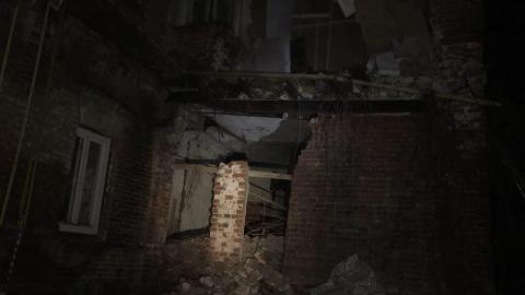 В центре Саратова обрушившаяся стена оставила без газа 30 человек