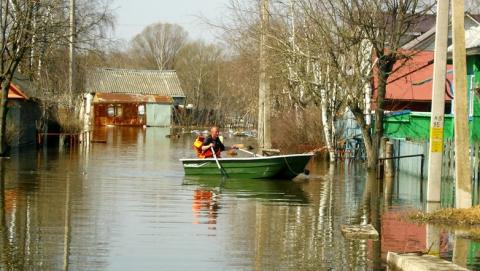 Паводок. В области наблюдается спад уровней воды