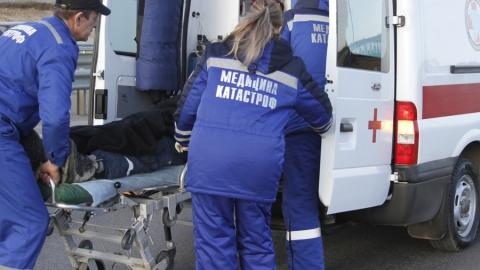 В Озинском районе в ДТП пострадали две женщины и четверо детей