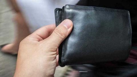 Саратовец украл кошелек с долларами на Киевском вокзале