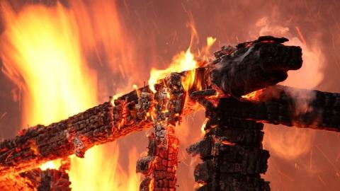 Минувшей ночью на пожаре погиб мужчина