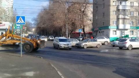 На углу Пензенской и Энтузиастов столкнулись три машины
