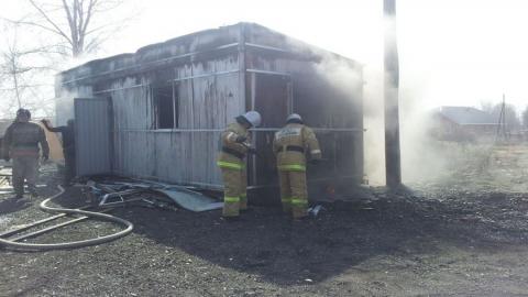В вагончике на стройплощадке сгорел сторож