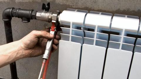 За зиму отопление отключали в 700 многоэтажках