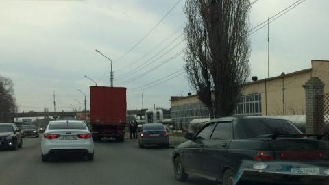 Авария в районе Студгородка вызвала пробку на Шехурдина
